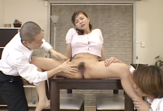 https://jp.pornhub.com/view_video.php?viewkey=ph5b2bed33367c3&pkey=76883101